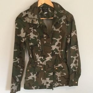 Love tree camo jacket